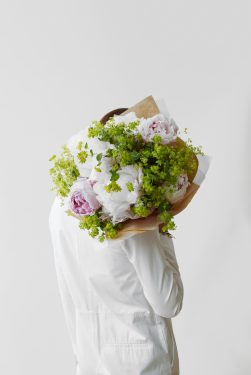 Floom Lifestyle In Hand Shoulder