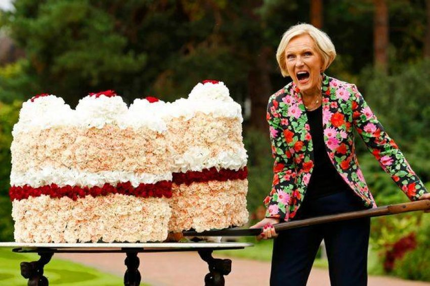 1 Floom Magazine A Salute To Mary Berry Mirror 1