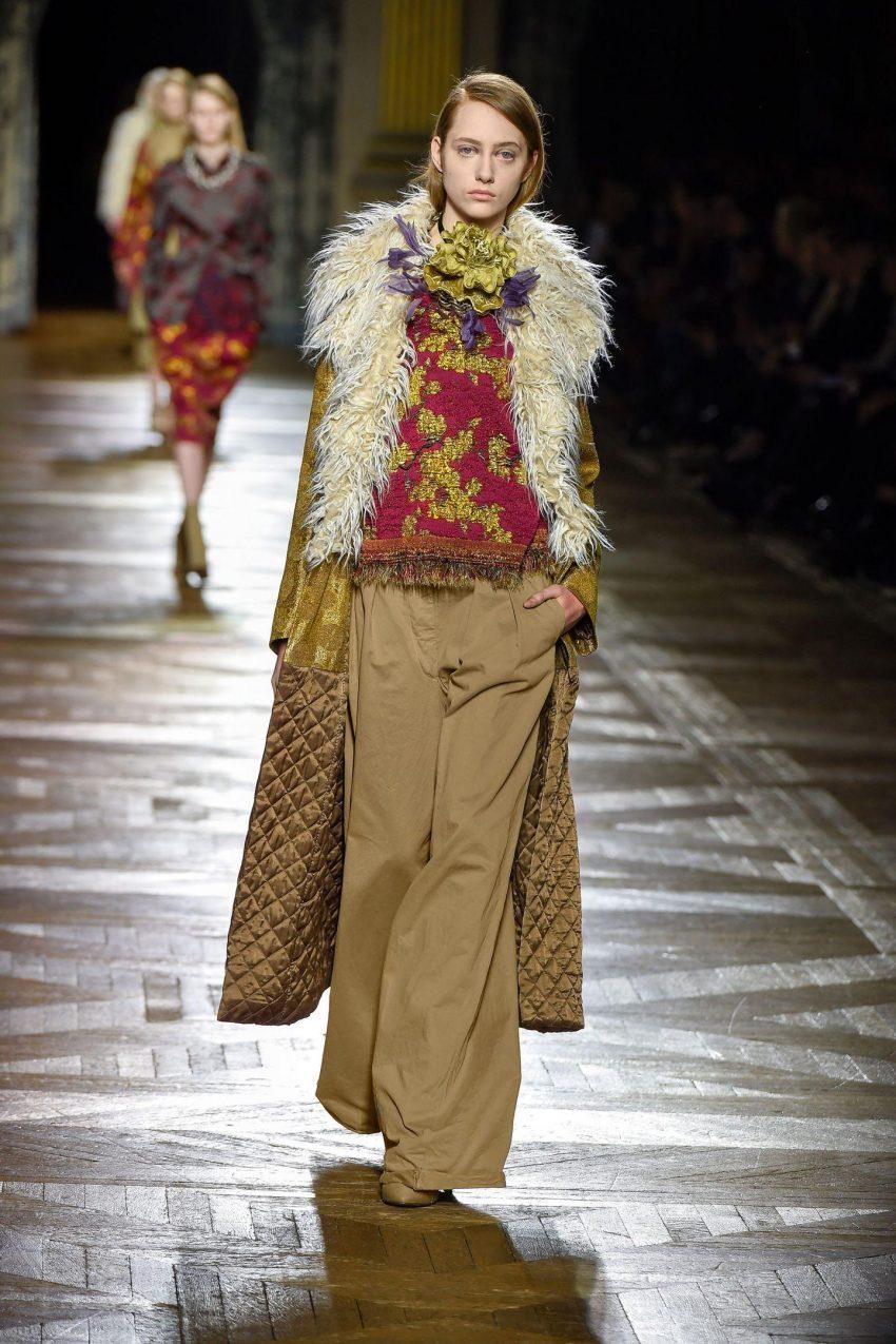 1 Floom Magazine Florals In Fashion Dries Van Noten Vogue 1