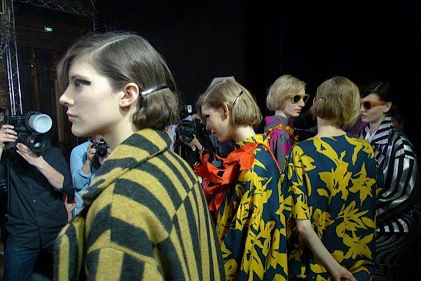 1 Floom Magazine Florals In Fashion Dries Van Noten Vogue 2