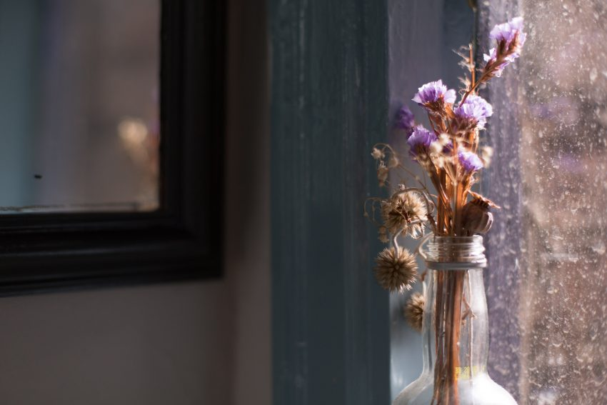 1 Floom Magazine Nicholas Balfe Chef Salon Restaurant Brixton Window Flowers 1
