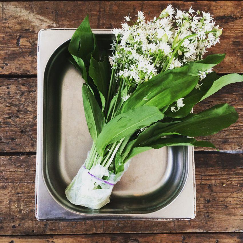 1 Floom Magazine Nicholas Balfe Salon Restaurant Brixton Wild Garlic Bouquet 1