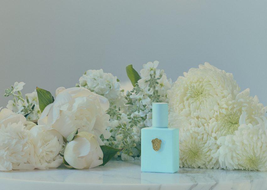 1 Floom Magazine Regime Des Fleurs Andre Paul Pinces Perfume Flowers 4