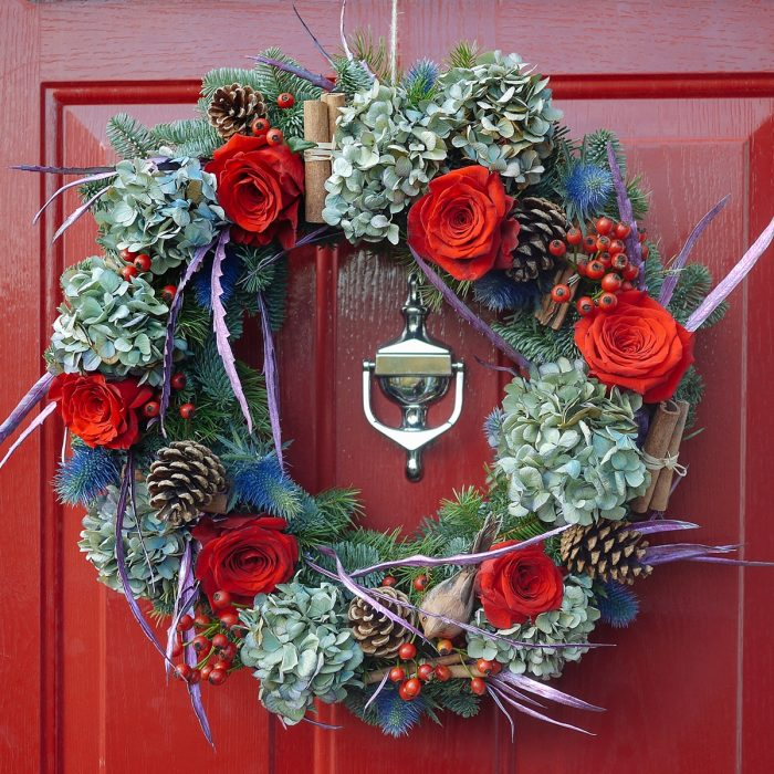 Floom Harleys Flowers Christmas Wreath Rose 2