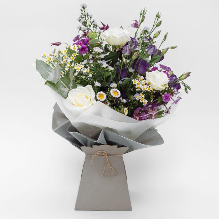 Floom Flowers By Susan Purple Lisianthus Dianthus 1