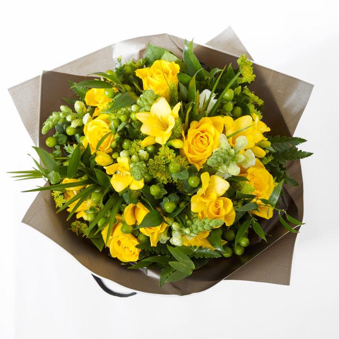 Floom Queens Park Florist Rose Yellow 2