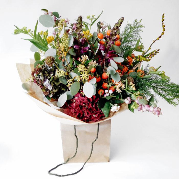 Floom Larkspur And Lavender Snapdragon Berries 1