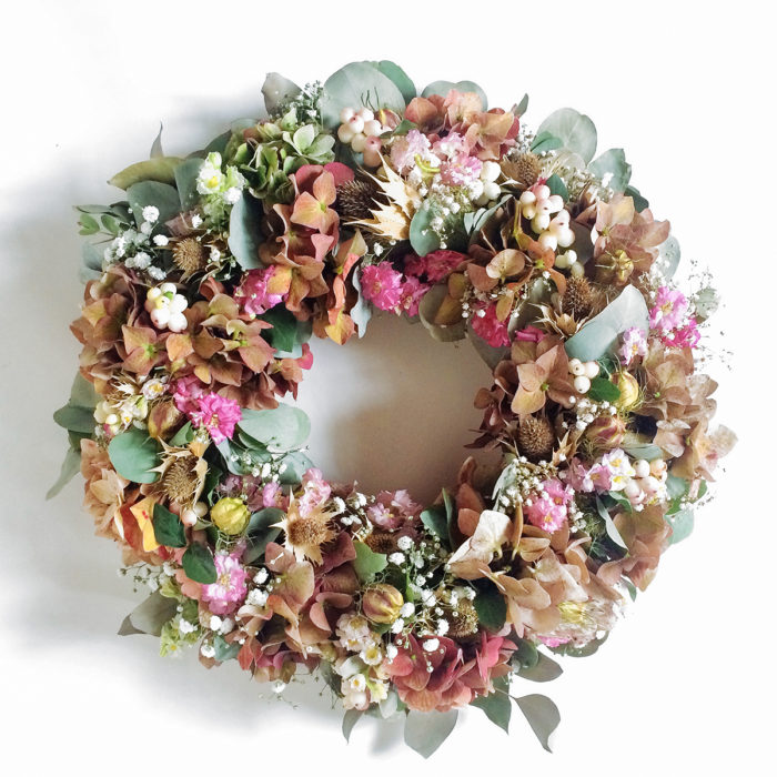Floom Rose And Mary Autumn Wreath Berry 1