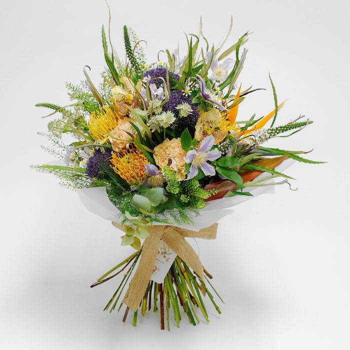 Floom Orchidiya Protea Clematis 1