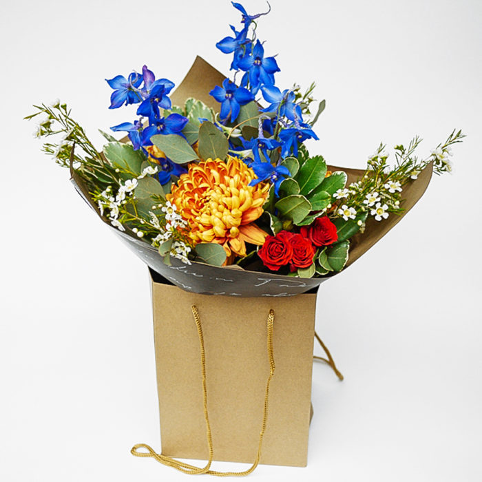 Floom Harleys Flowers Delphinium 1