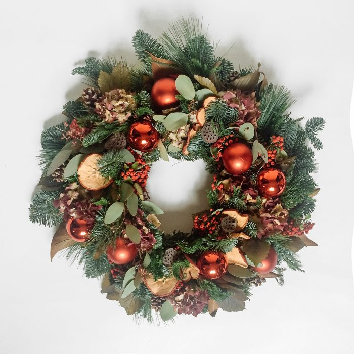 Floom Rose Mary Christmas Wreath Red Bauble 1