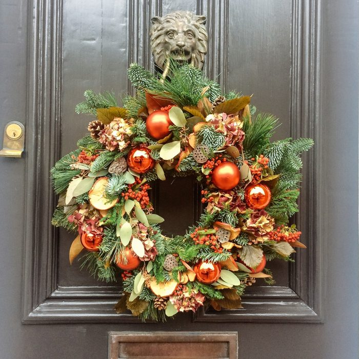 Floom Rose Mary Christmas Wreath Red Bauble 2