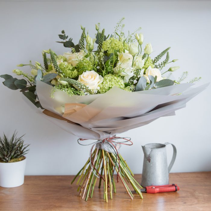 Floom Wabana Flowers Classic Green White 2