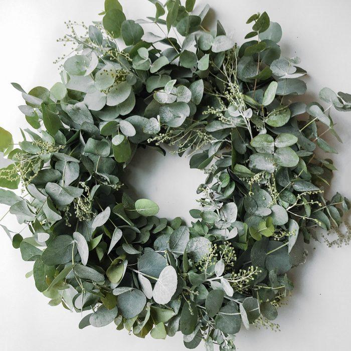 Floom Bains Wood Eucalyptus Wreath 1