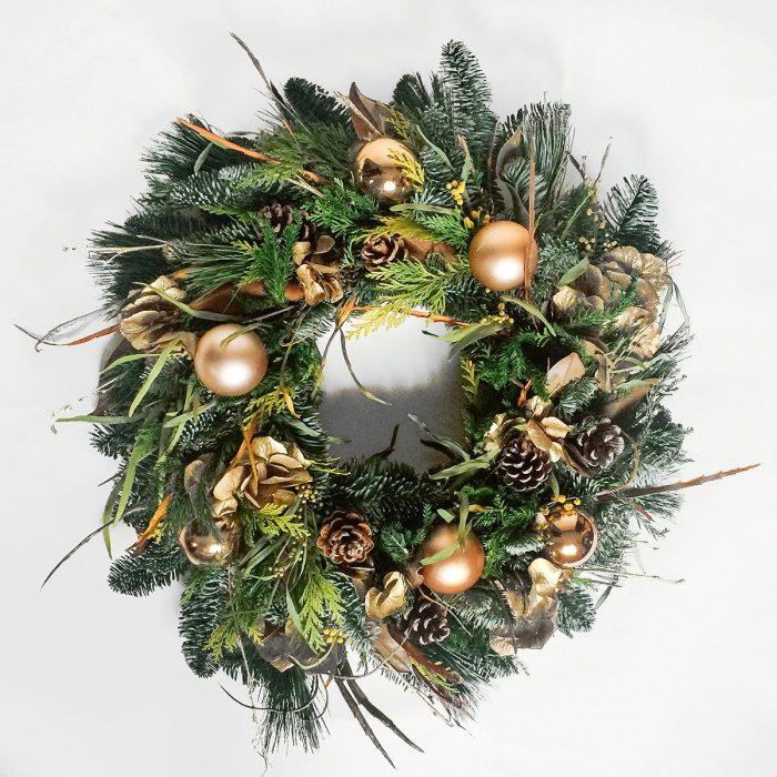Floom Rose Mary Christmas Wreath Gold 1