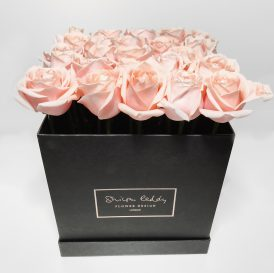 Floom Shilpa Reddy Hyde Park Rose Box 1A