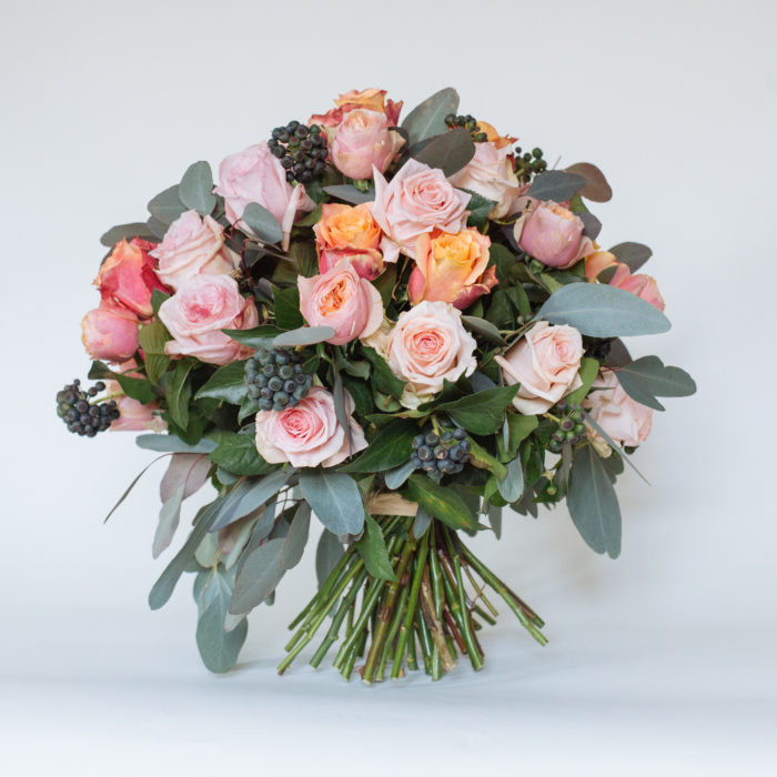 Floom Rose Mary Large Rose Bouquet 1
