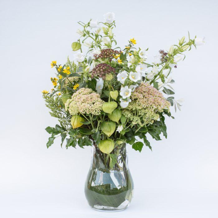 Floom The Fresh Flower Company Flowers Bouquet Late Summer Vase Campanula Sedum 4