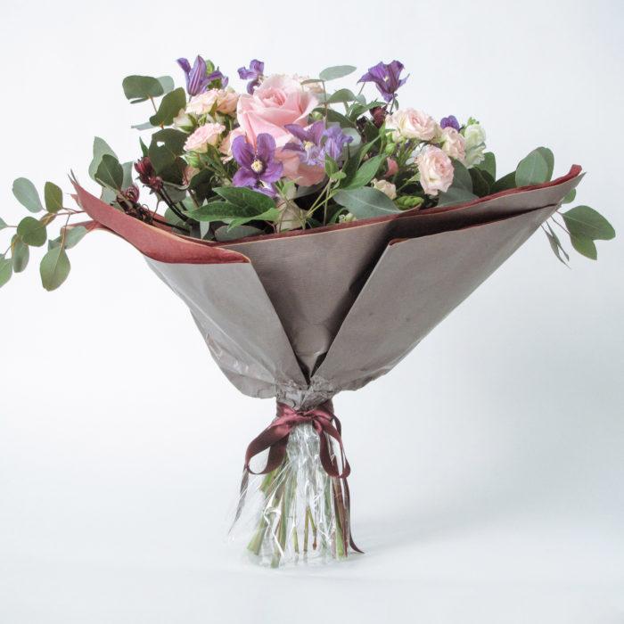 Floom Megan Lily Breeze 1