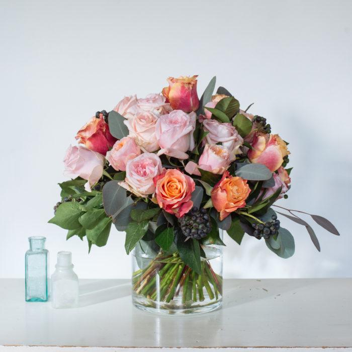 Floom Rose Mary Medium Rose Vase 2