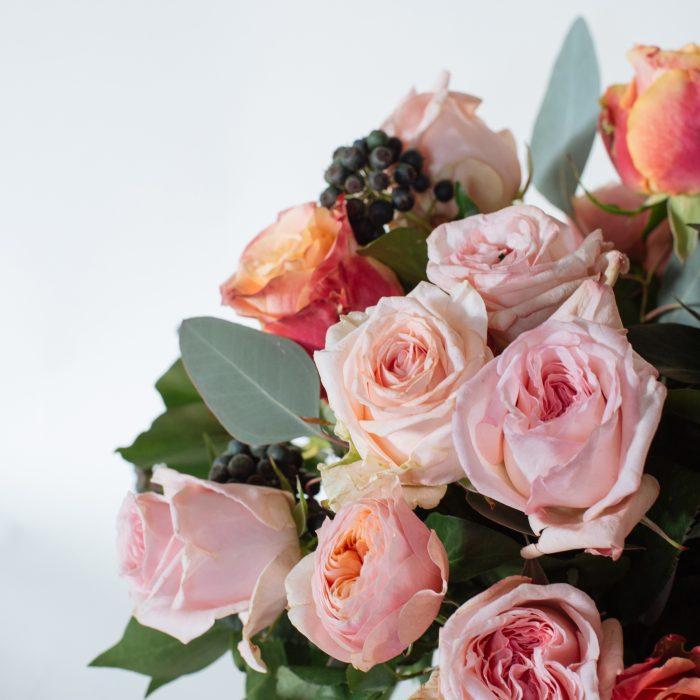 Floom Rose Mary Medium Rose Vase 4