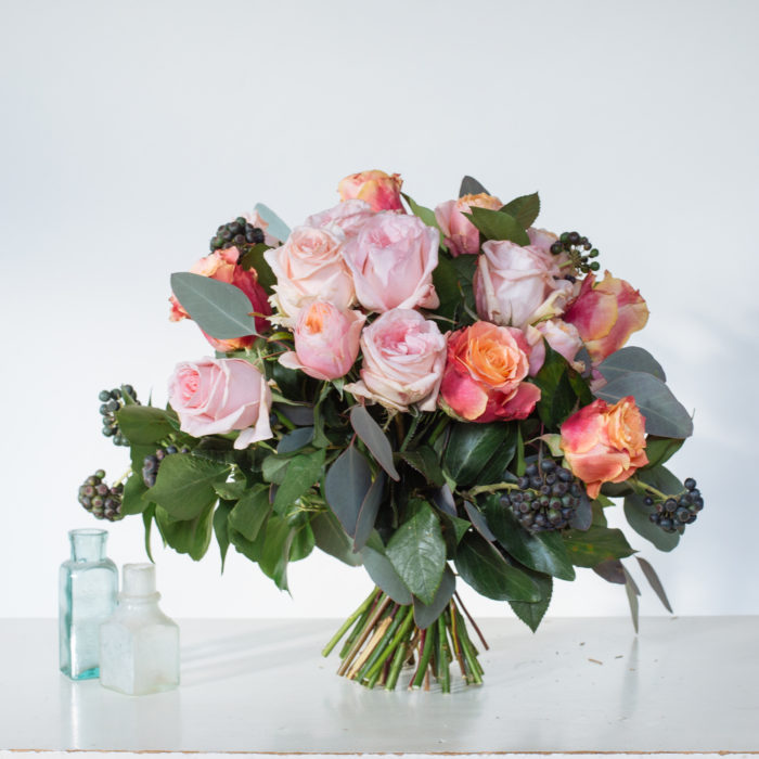 Floom Rose Mary Medium Rose Bouquet 2