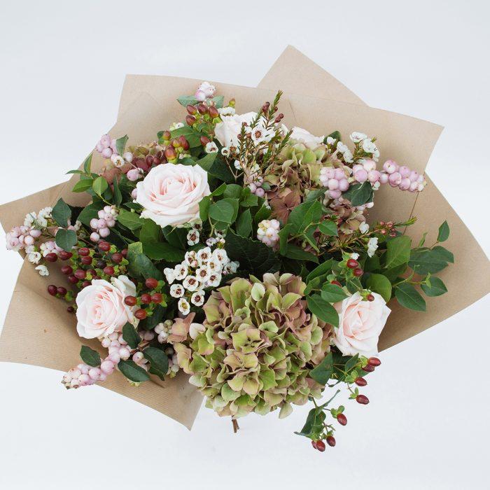Floom Fresh Flower Company Mist Pink 2