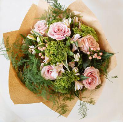 Floom Sevenoaks Florist Ophelia 3