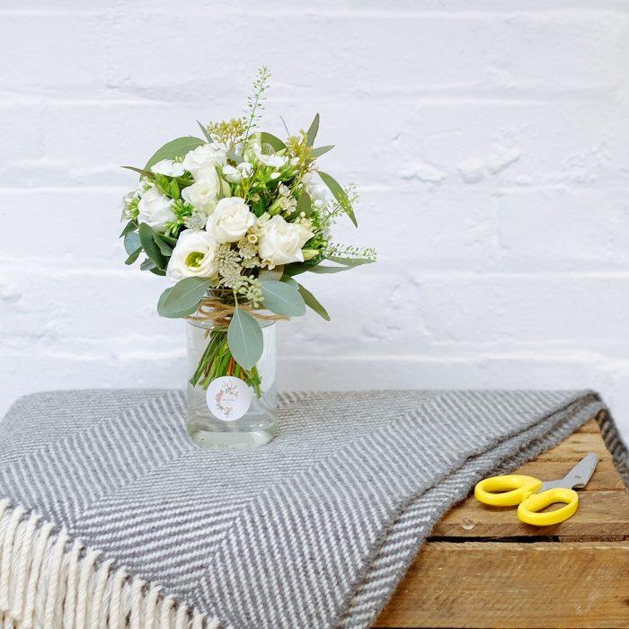 Floom Orchidiya Lisianthus Jam Jar 3