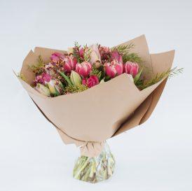 Floom Fresh Flower Co Pink Tulips 1