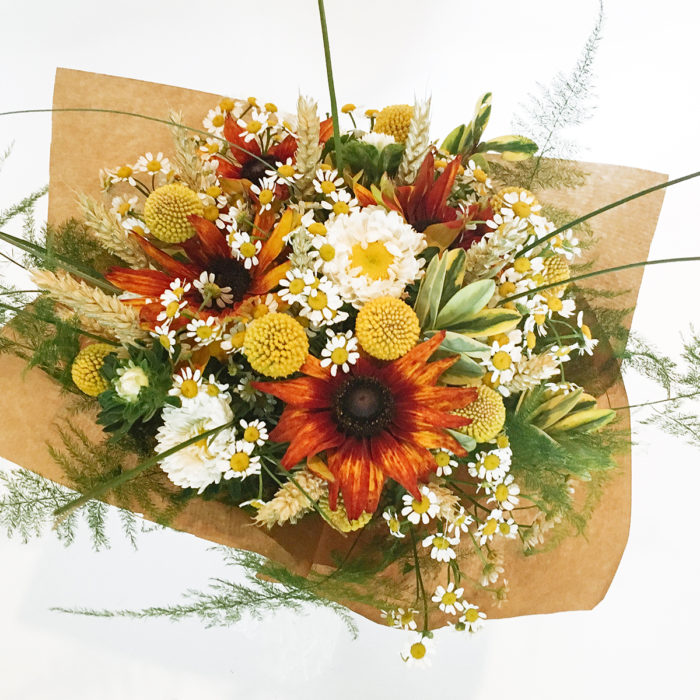 Floom Vintage Sunflower Craspedia 2