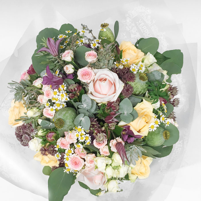 Floom Vendure Flowers Mixed Rose 2