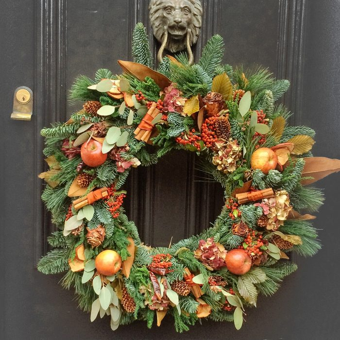 Floom Rose Mary Christmas Wreath Red Apple 2