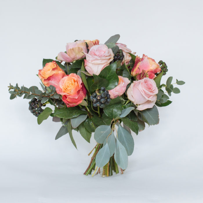 Floom Rose Mary Small Rose Bouquet 1
