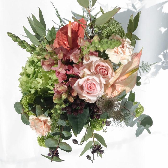 Floom Love Flowers Vase Hydrangea 2