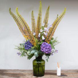 Floom The Fresh Flower Company Summer Vase Flowers Bouquet Hydrangea Campanula 2