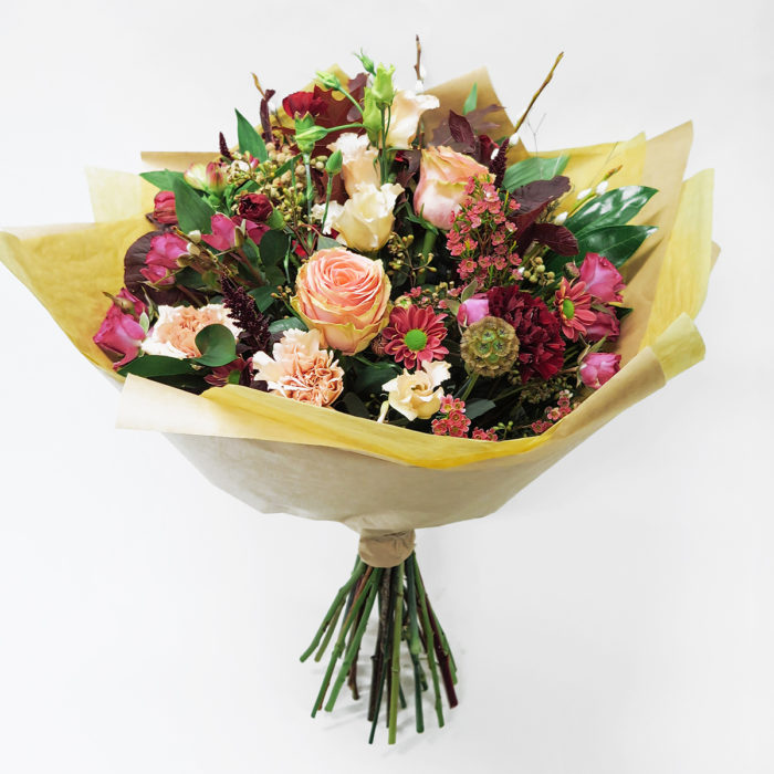 Floom Wild About Flowers Rose Lisianthus Suzy Q 1