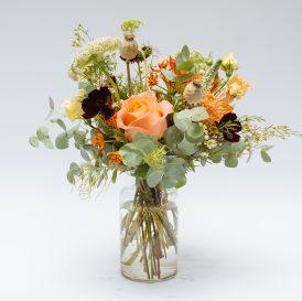 Floom Botanique Workshop Flowers Bouquet The Lizzy Vase Rose Asclepsia 1