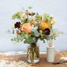 Floom Botanique Workshop Flowers Bouquet The Lizzy Vase Rose Asclepsia 2