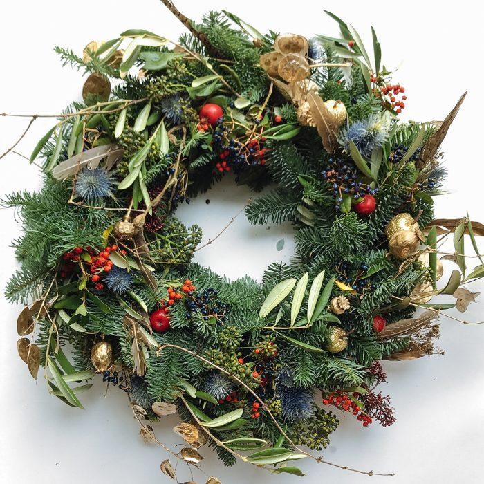 Floom Bains Wood Feather Wreath 1