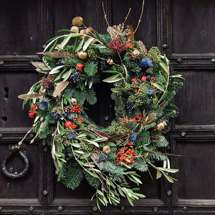 Floom Bains Wood Feather Wreath 2