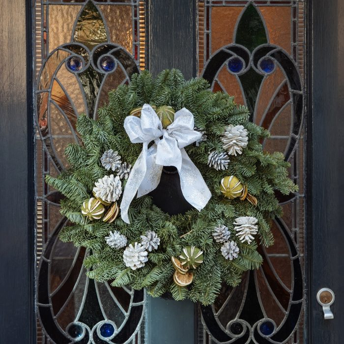 Floom Queens Park Station Flowers Christmas Wreath White Lime 2