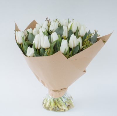Floom Fresh Flower Co White Tulips 1