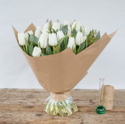 Floom Fresh Flower Co White Tulips 2