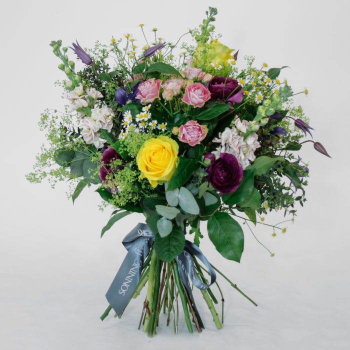 Floom Sonning Flowers Stock Bouquet Rose 1