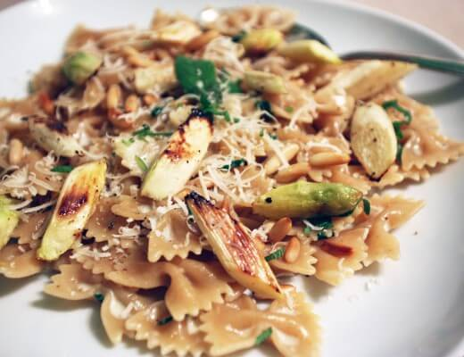 pasta-in-salbeisahne-mit-spargel