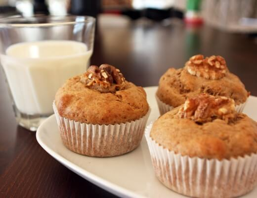 Bananenbrot Muffins {flowers on my plate}
