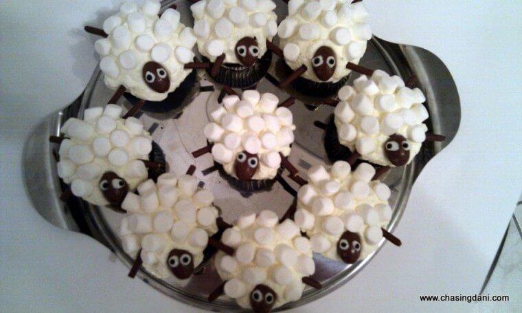 sheep cupcakes3