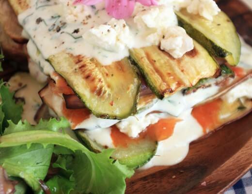 Gegrillte Zucchini, Auberginen & Räucherlachs Lasagne {flowers on my plate}