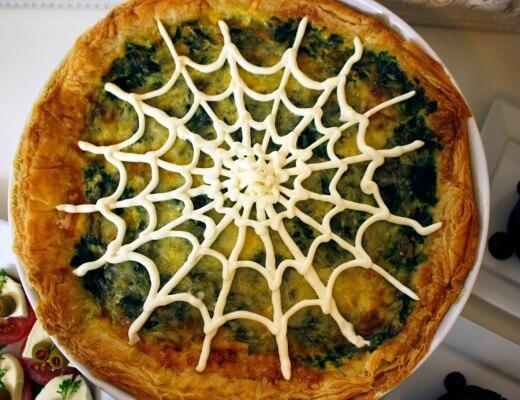 halloween-rezept-spinat-knoblauch-quiche